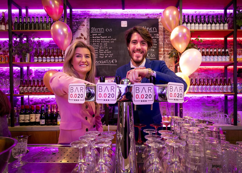 Initiatiefnemers Mariska Leising en Niels Krommenhoek van de alcoholvrije bar in Amsterdam.