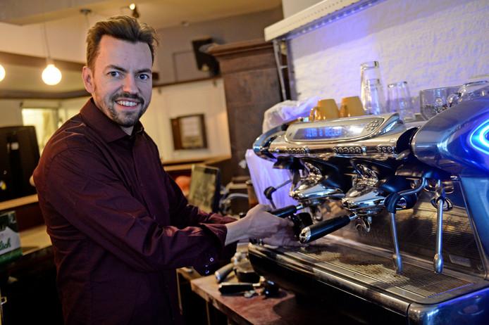 Erwin Nieboer begint eetcafé De Zaak in het voormalige café Eigenwijs in Denekamp.