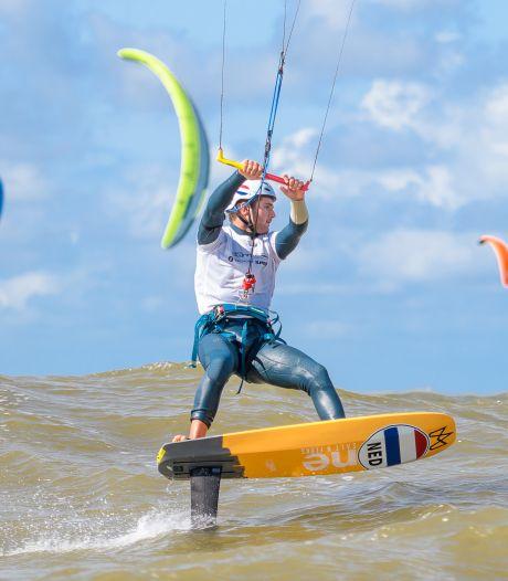 Liever op zee dan in de schoolbanken; is Sam Aben straks de eerste Nederlandse kitefoiler op de Spelen?