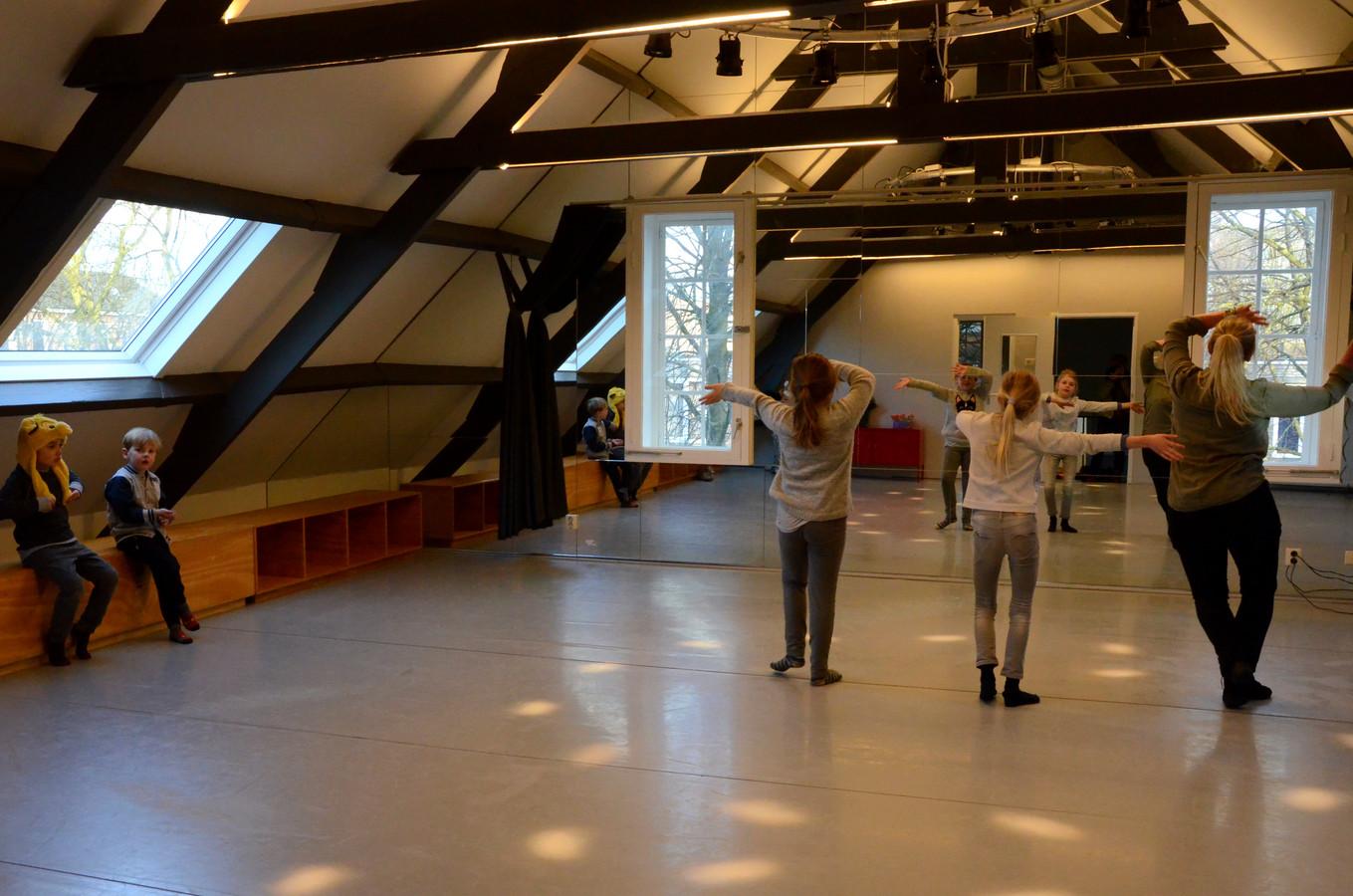 Dansen bij Monopole met Anneloes Filippo.