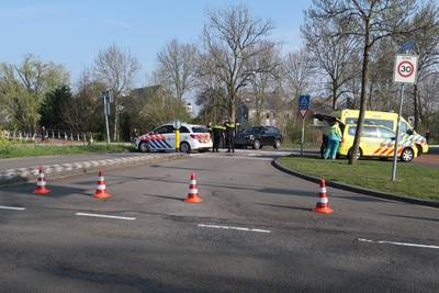 Man en vrouw gewond na aanrijding met auto in Breda