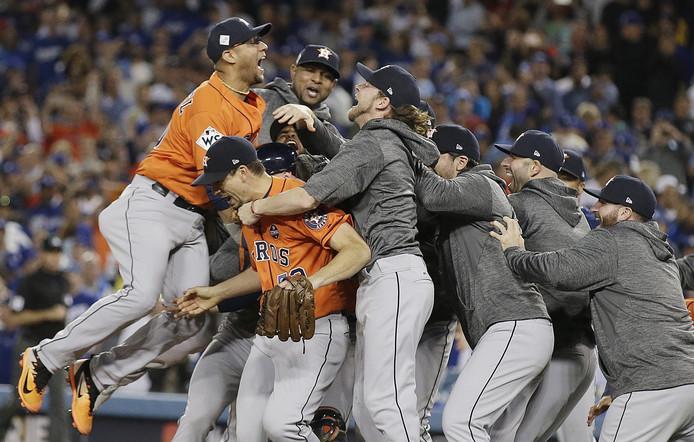 Feest bij de Astros nadat LA Dodgers is verslagen in de World Series van 2017.