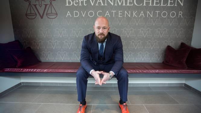 """""""Zijn taalgebruik is het probleem"""": stafhouder boos op advocaat Vanmechelen na uitspraak 'daders platspuiten zoals dolle honden'"""