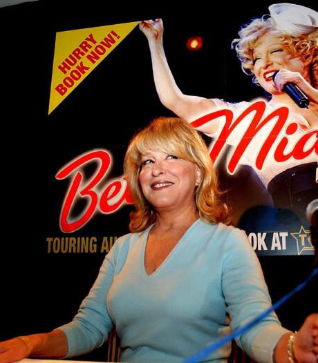 Bette Midler zingt Mary Poppins bij Oscars