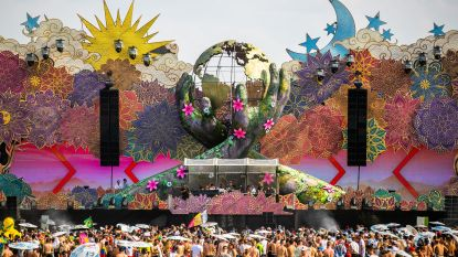 The Gathering trapt Tomorrowland af onder loden zon