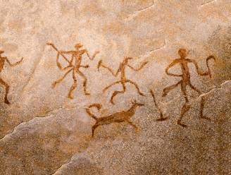 Prehistorie kende al minstens vijf hondenrassen, maar vier afstammingslijnen lijken uitgestorven