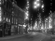 Lichtfestijn in de Voorstraat  kostte in 1955 heel wat energie