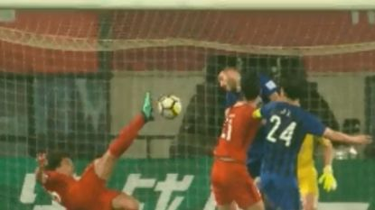 """FT buitenland 1/5: Knappe omhaal baat niet: scorende Witsel uit beker na gekke penaltyreeks - """"Iniesta beste Spaanse speler ooit"""""""