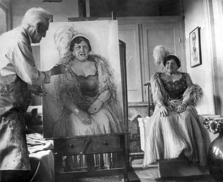 Frits Schiller portretteert revueartieste Heintje Davids in 1959. Beeld Hollandse Hoogte / Spaarnestad Photo