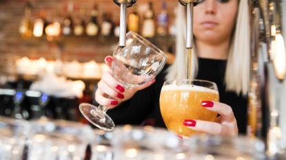 "Verrassende studie: ""Matige drinkers lopen minder risico op kanker dan niet-drinkers"""