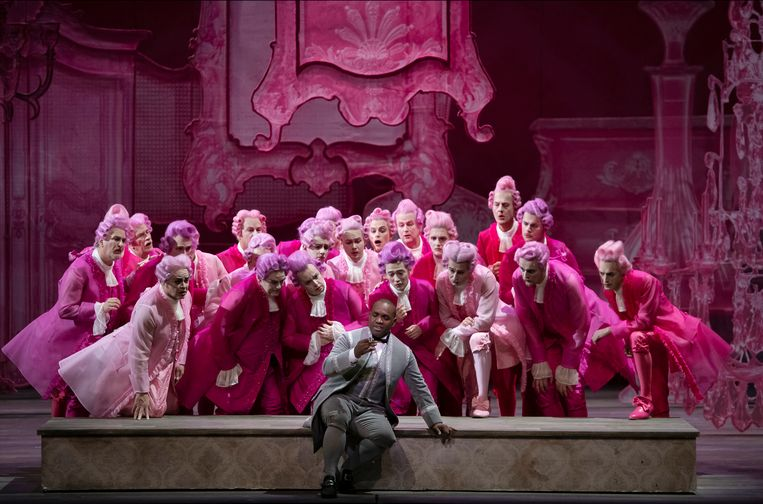 Lawrence Brownlee als Don Ramiro is een van de uitblinkers in Rossini's. Beeld Matthias Baus