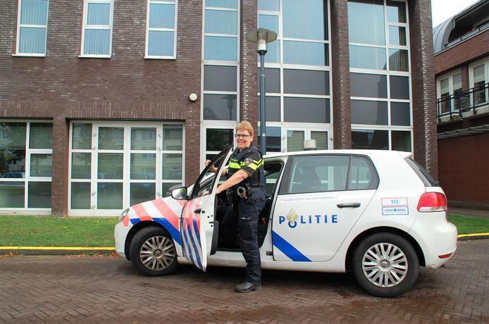 Ine Kox, de nieuwe wijkagent voor Spoordonk/De Beerzen.
