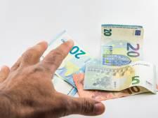 Weer betalen met cash in gemeentehuis in Budel