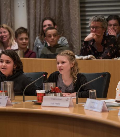Kinderen grijpen de macht in Nijkerk bij Jeugdgemeenteraad