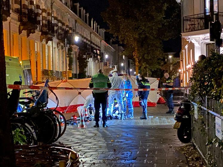 Oudere man zwaar mishandeld door vijf jongeren in Arnhem