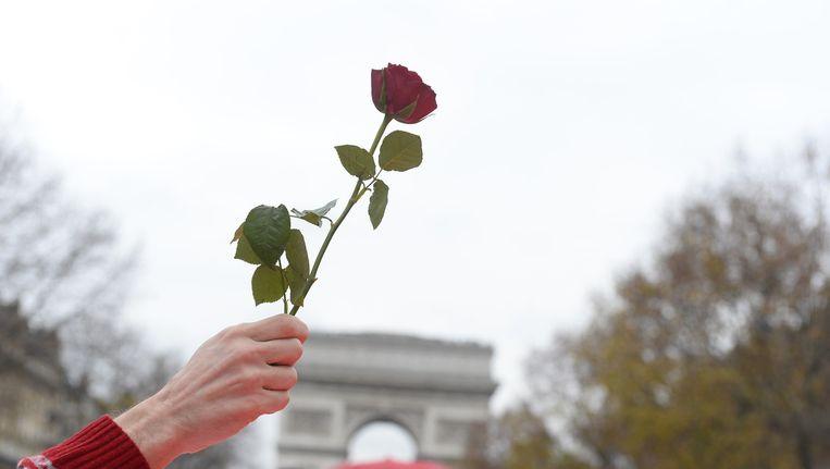 Burgerprotest in Parijs om burgers op te roepen meer voor het klimaat te doen. Beeld afp