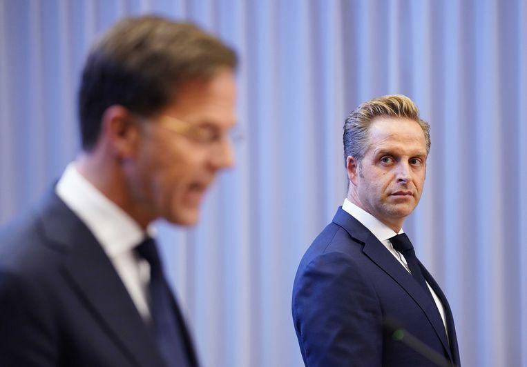 Volgens minister Hugo de Jonge heeft Nederland niet 'de stoere mannenpraat' nodig van de Fransen met hun verboden. Beeld ANP