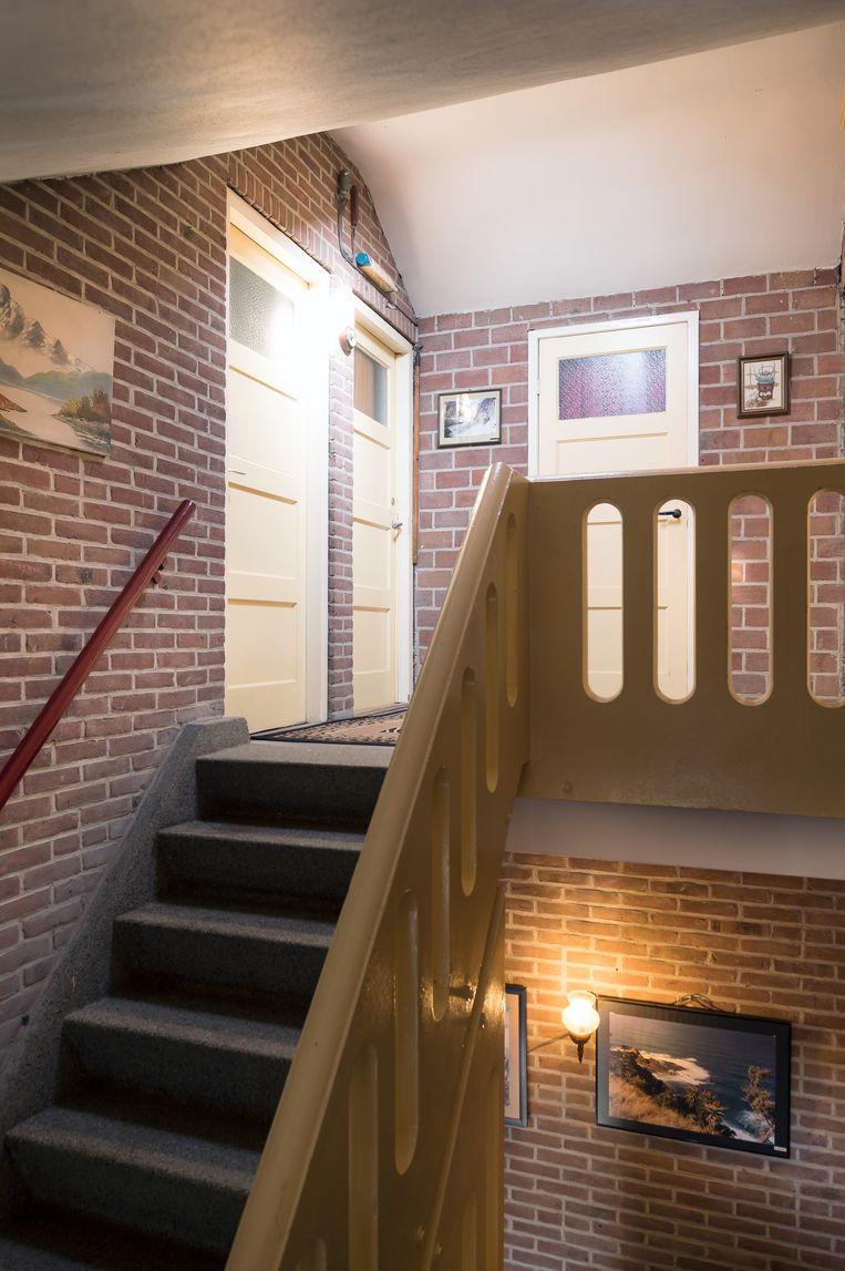Het trappenhuis van Ernst Borse (55). Beeld Maarten Boswijk