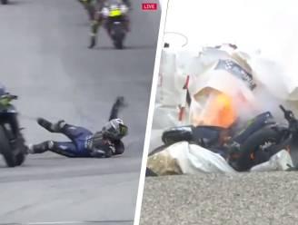 Waanzin: coureur laat zich aan 220 km/u van motor vallen omdat remmen het begeven