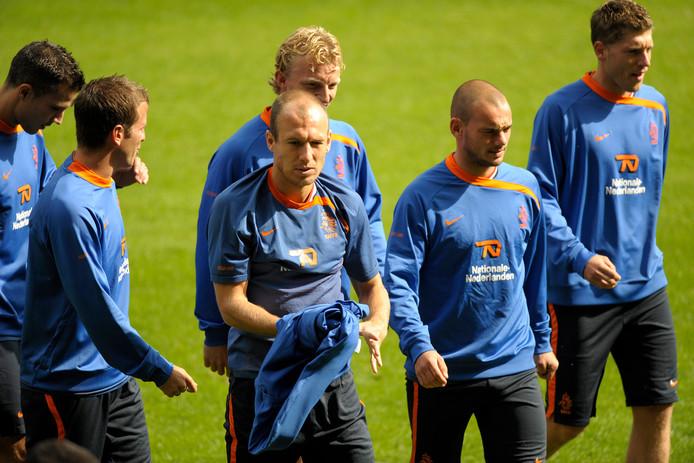 In 2009 kwamen bekende namen als Robben, Sneijder en Van der Vaart naar Enschede