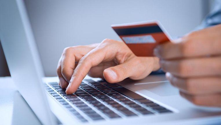 Kredietkaarten worden steeds meer gebruikt voor het afhandelen van online aankopen.