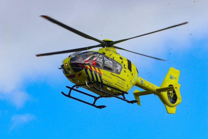 De traumahelikopter is zaterdagmiddag geland in Warnsveld na een aanrijding waarbij een fietster gewond raakte.