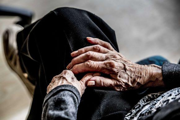 De slachtoffers waren telkens bejaarde dames. (illustratiebeeld)