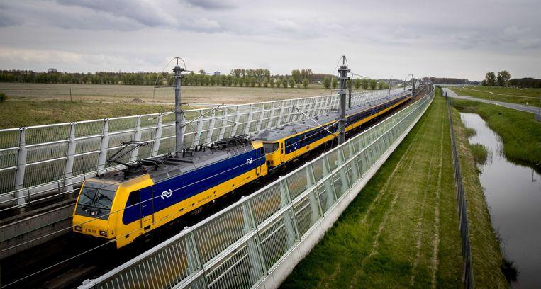 Op lokaal niveau zijn er geen aansprekende Nederlandse voorbeelden van het terugdraaien van privatisering, maar nationaal is dat bijvoorbeeld ProRail, verantwoordelijk voor het onderhoud van het spoor. Beeld ANP