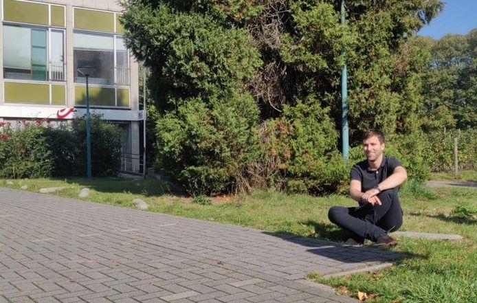 Adrian De Weerdt (CD&V) ziet een alternatieve parking aan het postgebouw.