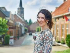 Leesclub Haaren haalt Lieke Kézér naar Den Domp