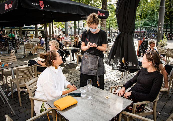 Une terrasse à Anvers, ce jeudi 23 juillet.