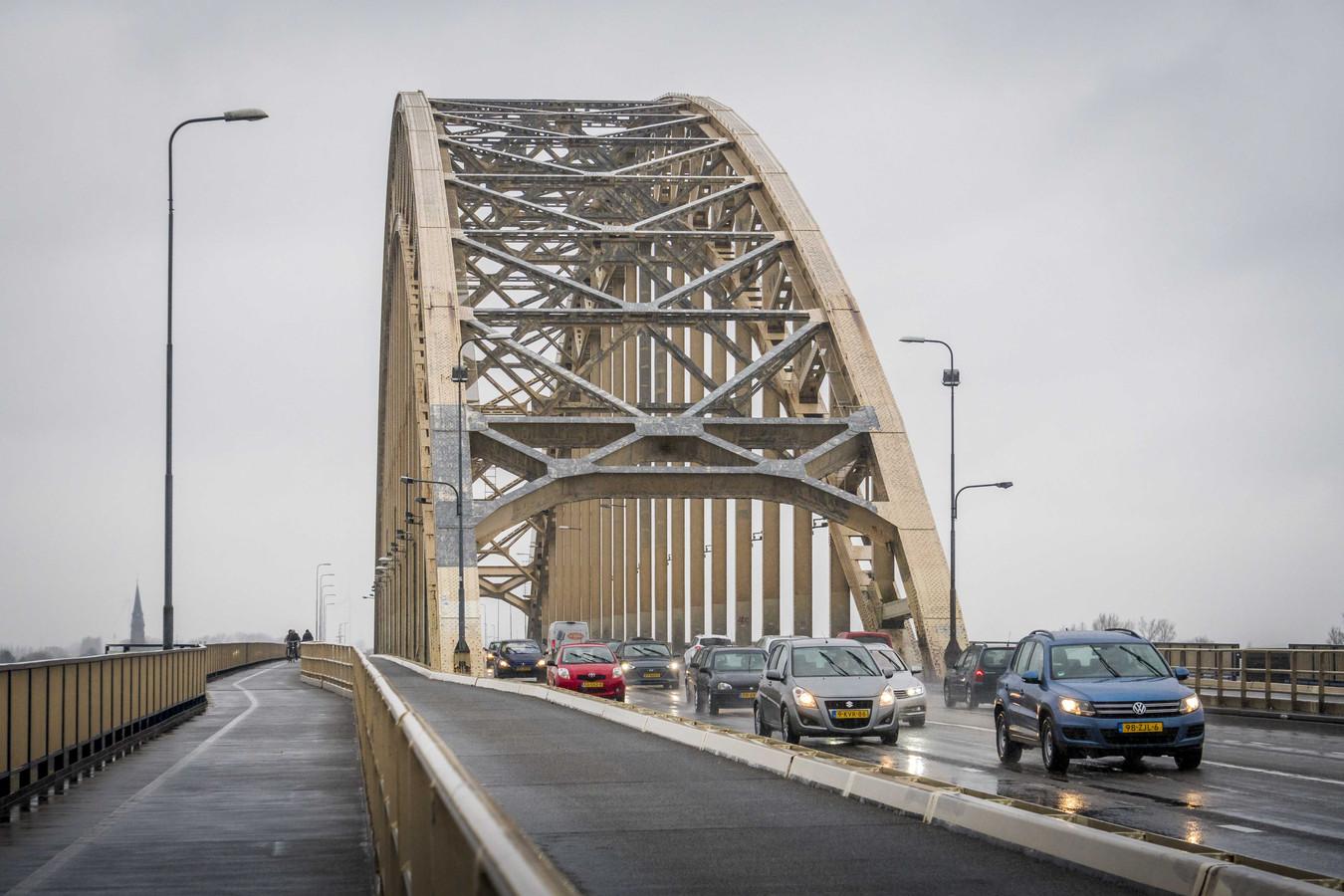 De Waalbrug bij Nijmegen.