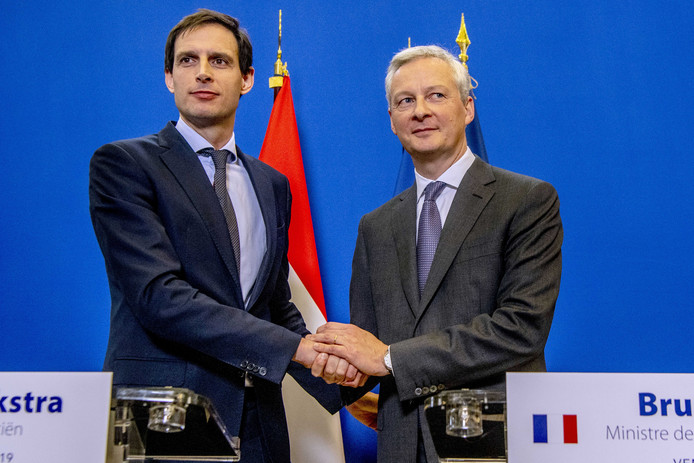Hoekstra (links) en Le Maire