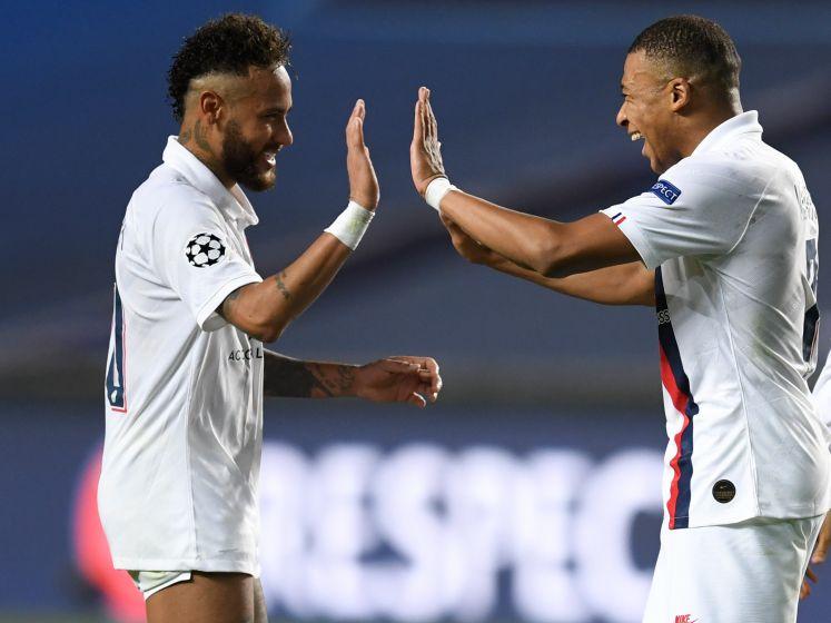 PSG maakt twee doelpunten in blessuretijd en schakelt Atalanta uit