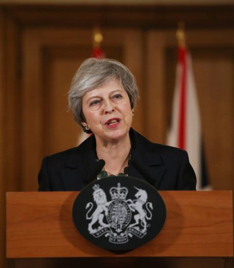Deal van May overspoeld met kritiek maar ze geeft geen krimp