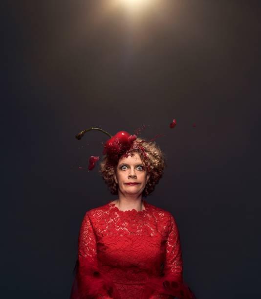 Brigitte Kaandorp in haar voorstelling Eh...