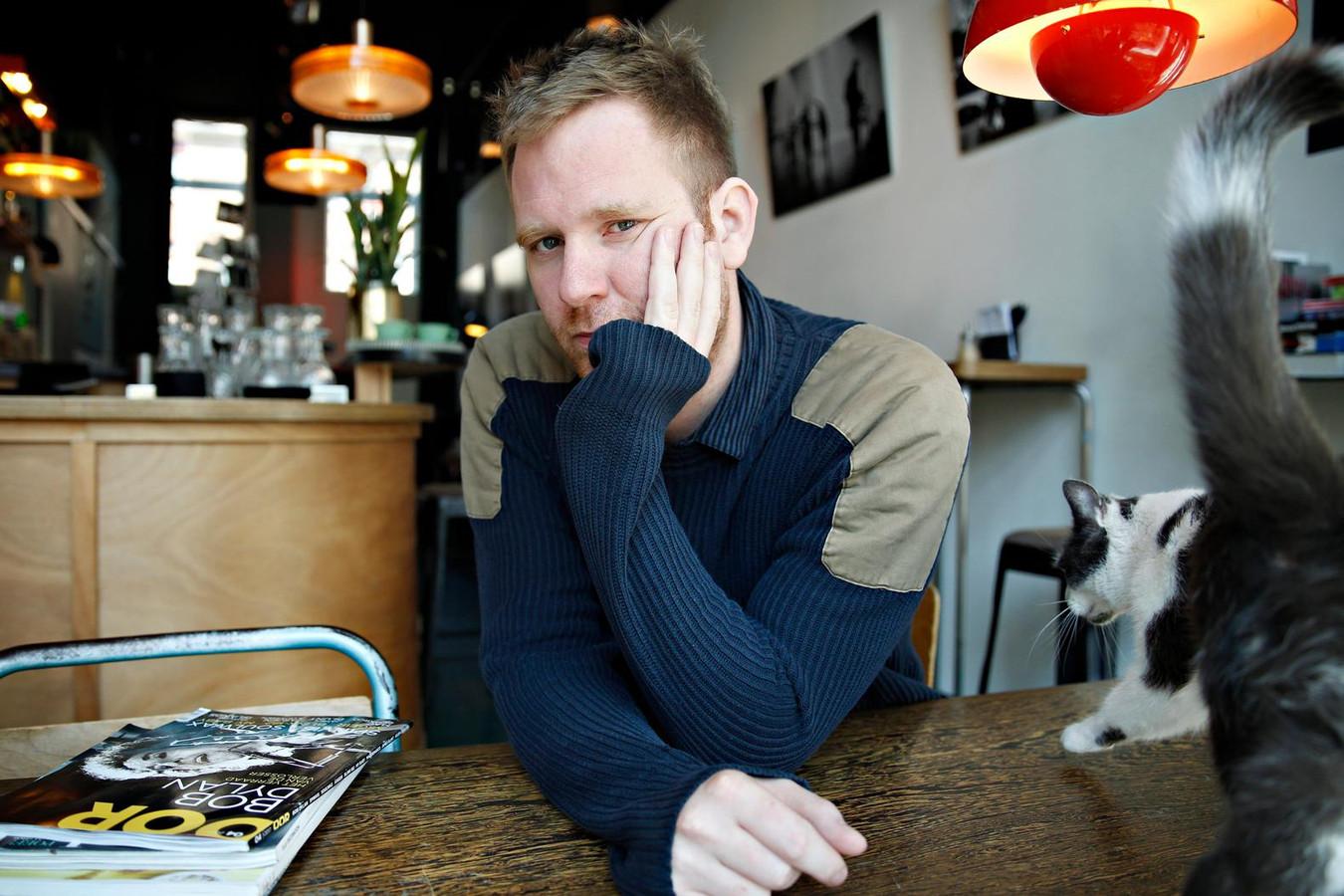 Mark Lotterman treedt vanavond samen met cultheld Harry Merry op in café Kopi Soesoe.