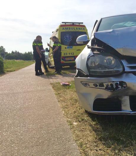 Automobiliste gewond bij aanrijding op Valkenswaardseweg in Leende