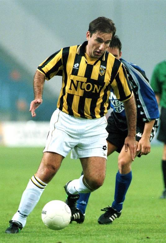 18-02-1999:Voetbal :Dejan Curovic:ArnhemDejan Curovic speler Vitesse 1999Foto:OrangePictures/Cees van Hoogdalem
