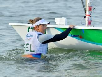 Van géén wind naar veel te veel wind: medaillerace Van Acker eindigt in klucht
