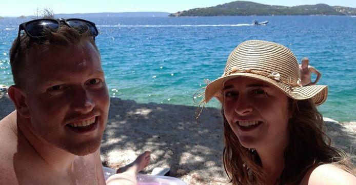William Evenhuis & Carlijn ten Dam zaten in Kroatië. Ze verlaten het vakantieland nu voor Italië, zodat ze bij thuiskomst niet twee weken in quarantaine hoeven.