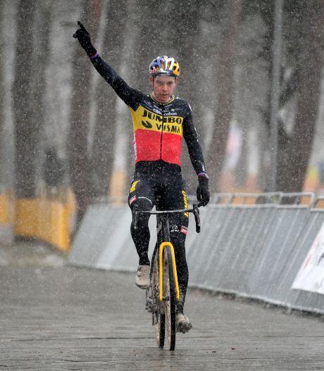 """Première victoire pour Van Aert avec le maillot de champion de Belgique: """"J'espère recevoir une belle photo"""""""