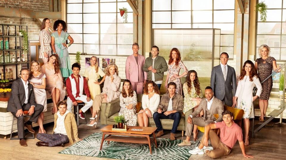 De cast van het komende seizoen GTST.