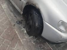 Tweede autobrand in één nacht voorkomen in Helmond