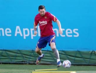Messi traint voor het eerst weer mee en FC Barcelona deelt maar wat graag de beelden
