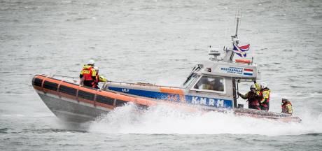 Zoektocht naar 14-jarig meisje in Noordzee bij Ameland gestaakt