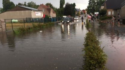 Hevig onweer zorgt lokaal voor schade in Kortenaken