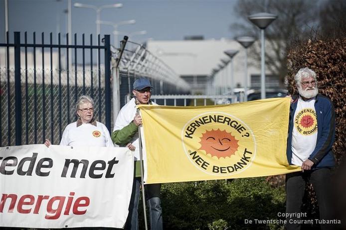 Archiefbeeld: demonstratie tegen kernenergie in 2014 bij Urenco in Almelo