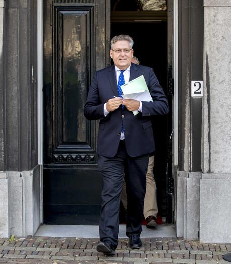 Informateur Tjeenk Willink hoort bekende standpunten van oppositie