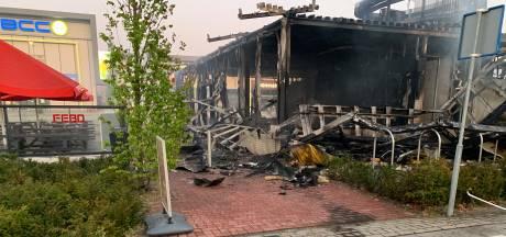 Febo in Den Bosch volledig uitgebrand